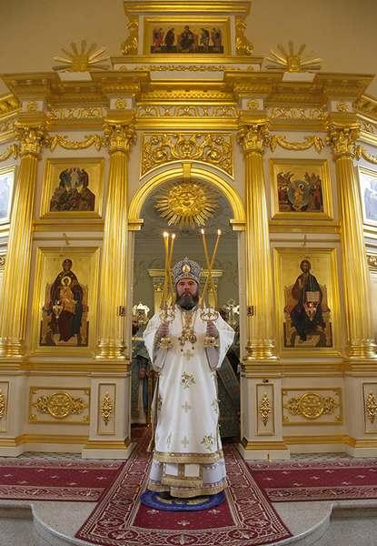 Божественная литургия в храме во имя святого апостола и евангелиста Иоанна Богослова при СПДС