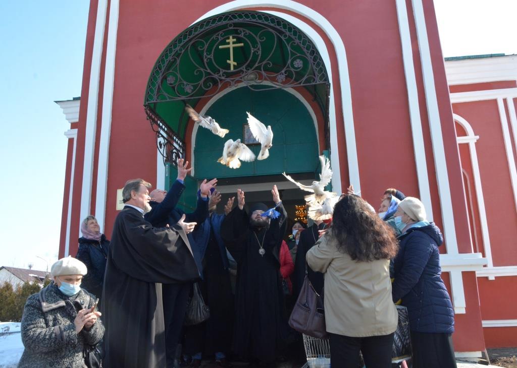 Архипастырская поездка в Петропавловское благочиние