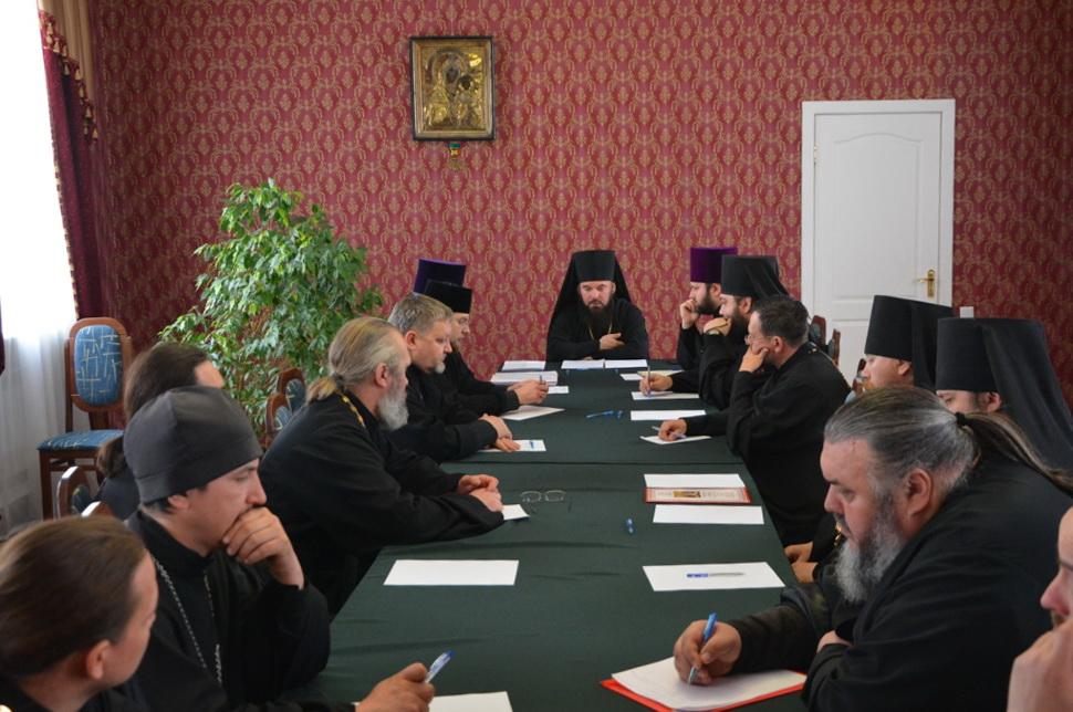 Состоялось собрание настоятелей храмов Балашовского благочиния