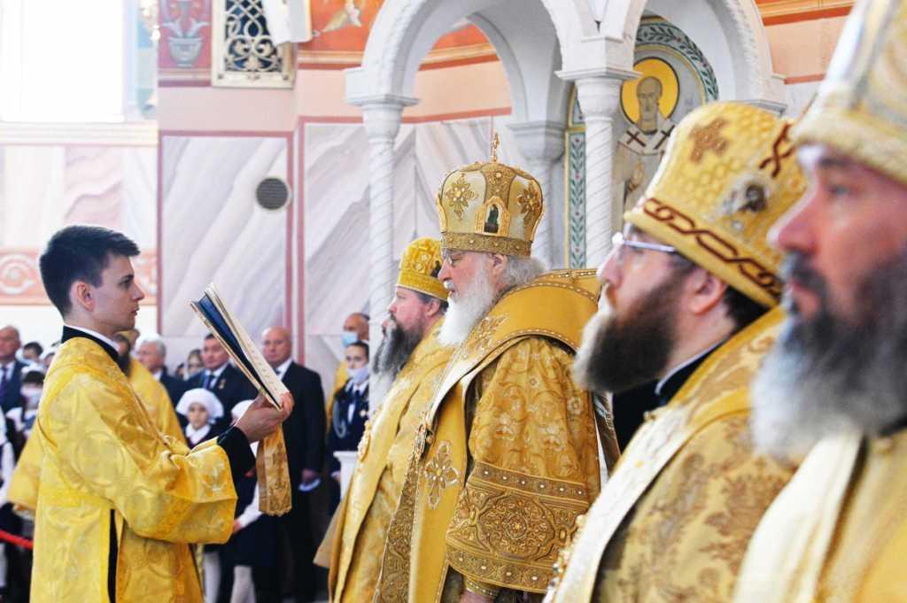 Митрополит Игнатий сослужил Святейшему Патриарху Кириллу на освящении Александро-Невского собора в Волгограде