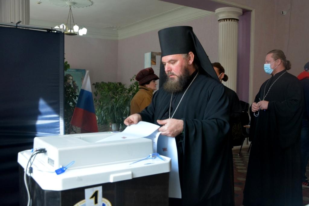 Епископ Тарасий принял участие во всероссийских выборах в Государственную Думу